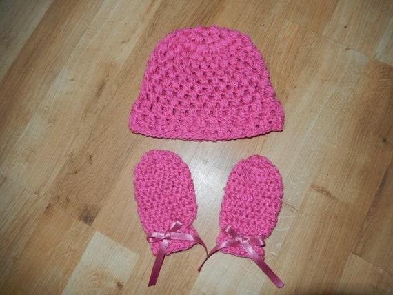 02973a098b0 baby hat   mittens   crochet girls cap and mitts   newborn