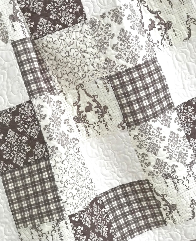 Baby Quilt Patchwork Bunny Hill Designs Lilly and Will Brown White