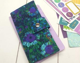 Hobonichi Weeks/Mega or 7 Disc Happy Planner Skinny Mini Wallet - in Robert Kaufman Floral Meadow fabric - F1