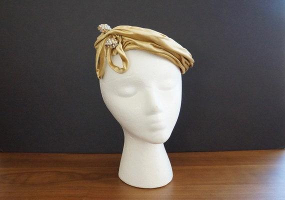 50s Gold Satin Velvet Cocktail Hat, Tilt Hat, Fasc