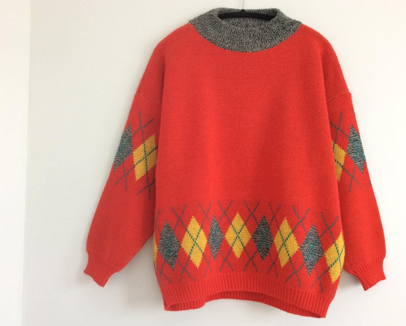 7760cf38ff4834 Vintage 80s Red Slouchy Sweater Mock Neck Oversize Argyle