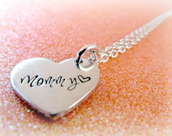 Hand Stamped Mommy Heart Necklace - Mommy Jewelry - Mother's Necklace - Women's Jewelry - Mom Christmas Gift - everythingprettyshop
