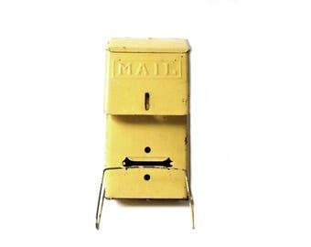 Vintage Metal Mailbox