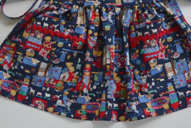 ON SALE  Toddlergirl apron size  1-6. cover-up adjustable apron pencils and numbers apron with pockets birthday gift