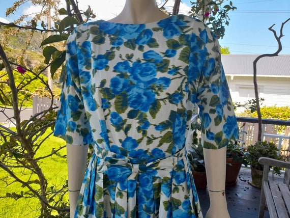1950s Large Cotton Floral Sundress