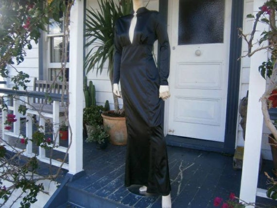 Wheels & Doll Baby - Volup 1940s Black Satin Gown