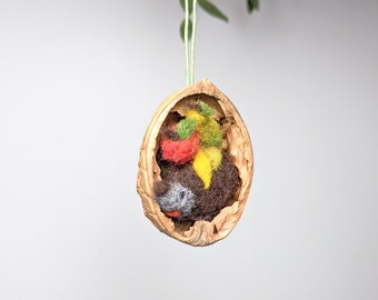 hedgehog in a nutshell , treehanger, christmas decoration, needlefelted animal, autunm deco, forest friend, walnut art, waldorf