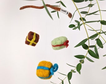 christmas mobile , felted presents , christmas decoration , wallhanger , party decoration, birthday present mobile