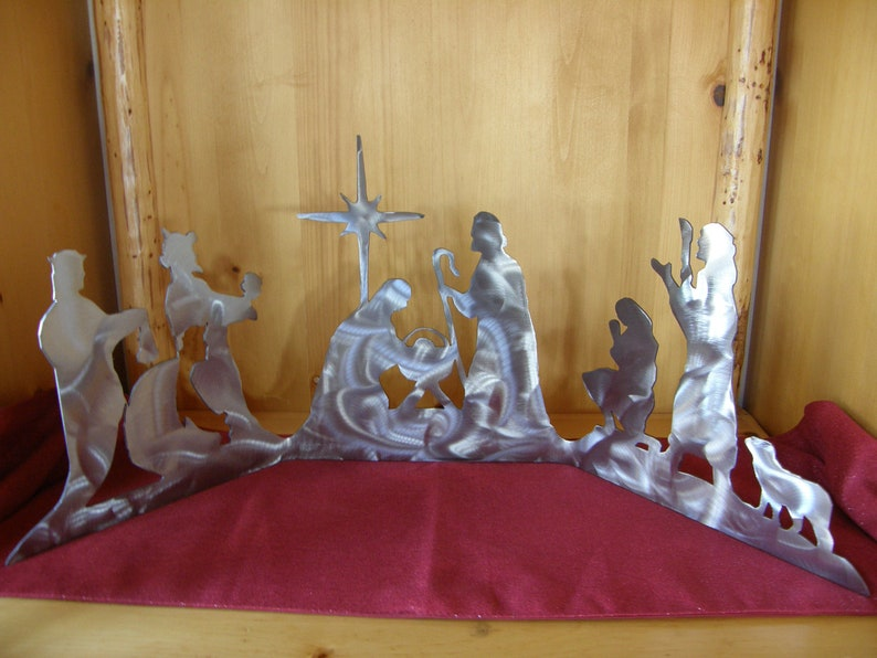 Large metal nativity all-in-one set image 0
