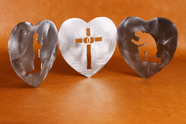 Small version of 3 hearts metal sculpture image 0