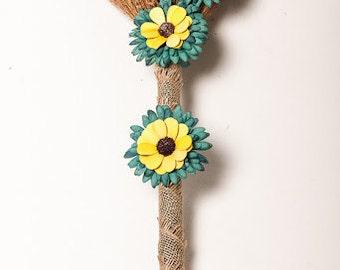 Love in Bloom Journey Broom
