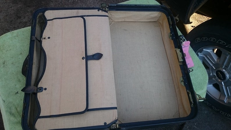 Vintage original Gladstone leather suitcase