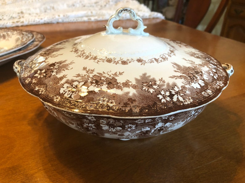 Hearty Pair Of Vintage Alfred Meakin Open Tureens Serving Dishes Country Life Pattern Pottery, Porcelain & Glass Pottery