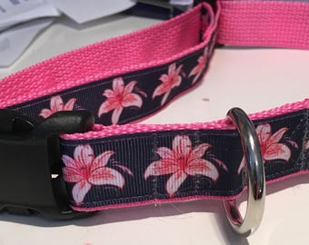 """Pink Lily Dog Collar, navy blue and pink,  dog, 1"""", flowers, coastal"""