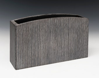 "Centerpiece ""Pocket"" Box"