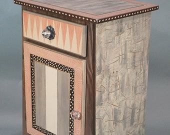 Handpainted Drinks Chest - Drawer - Cabinet - Shown in Shrimp-Grey