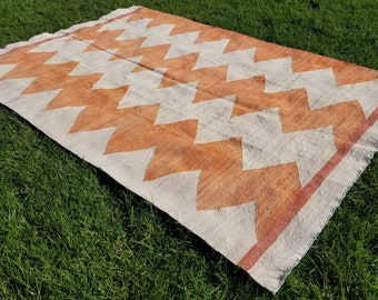 LARGE RUGS (6X9-9x12)