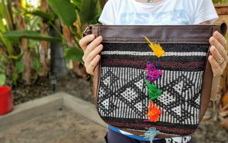 Vintage Handbag CrossbodyVintage Carpet BagVintage Shoulder image 0