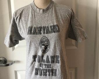 63494a8df22 Vintage Tulane University Harvard University 90s Tshirt