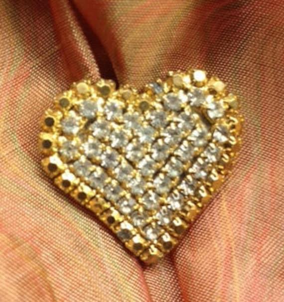 ddc60f0a6bd86 Vintage Rhinestone Heart Brooch Pin   Etsy