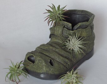 Old Shoe Planter