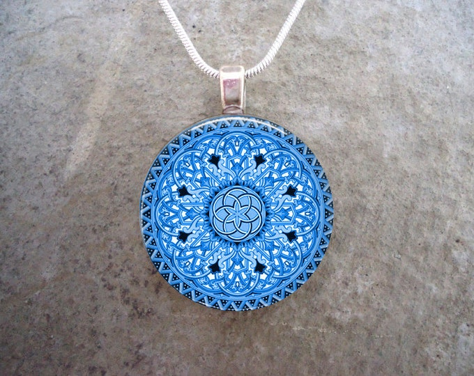 Celtic Jewelry - Glass Pendant Necklace - Celtic 32 Light Blue