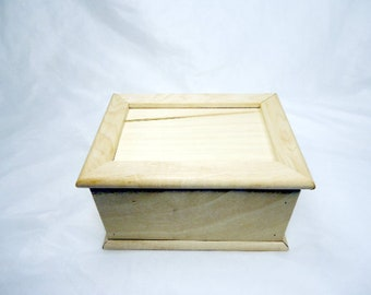 Maple Wood Trading Card Box With Sliding Lid - Fits 2 standard playing or trading card decks - Natural Finish