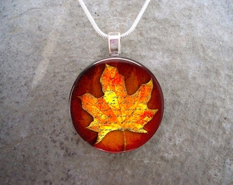 Stunning Autumn Maple Leaf jewelry - 1 Inch Diameter Glass Pendant Necklace, Key Chain, Planner Charm - Free Shipping - Style AUTUMN04