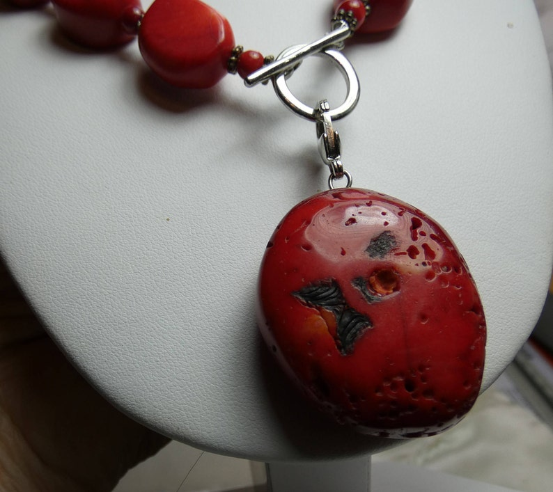 natural red coral-pendant 30X35mm-18 long beautiful carved 2197 red coral necklace 4.5 ounces