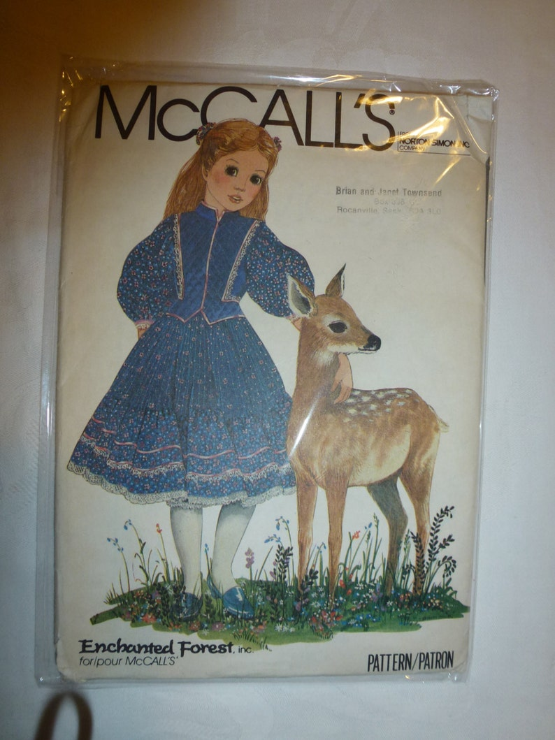 Vintage 1980/'s Enchanted Forest McCall/'s 8742 Size 10