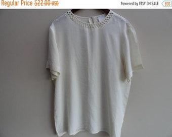 350ab48d5790cc SALE Ivory Silk Blouse - Minimalist Top Shirt - Size L - one size Vintage