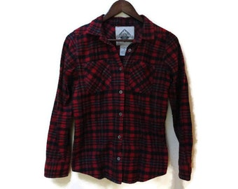 SALE Red Plaid Shirt - Cotton Flannel - Beaver Canoe - Size S Small