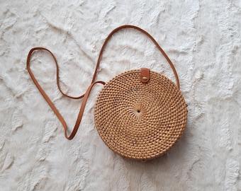 round rattan crossbody purse