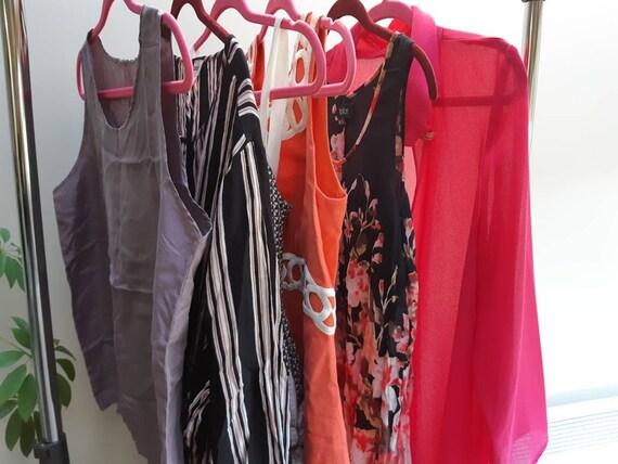 6 piece vintage lot / blouses, dresses, cape