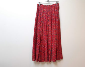red rayon printed skirt / southern comforts / xs