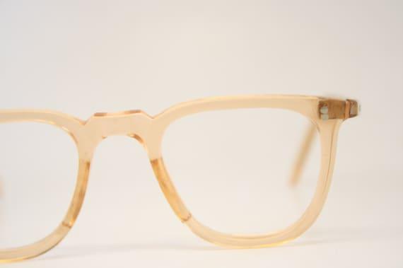 0e0e10db7b2 Antique P3 Pink   Flesh Eye Glasses Retro Lloyd Vintage Frames