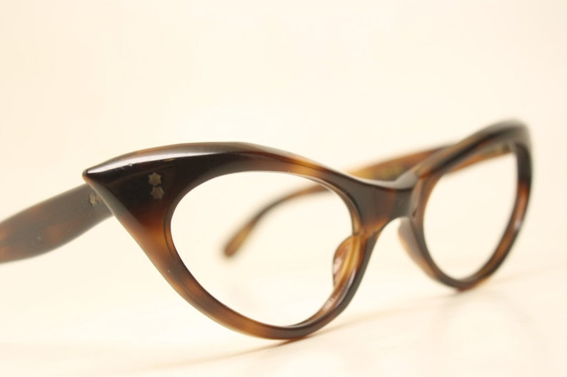 fa0e313fc5 Small Tortoise Curly Cat Eye Eyeglasses Vintage Eyewear Retro