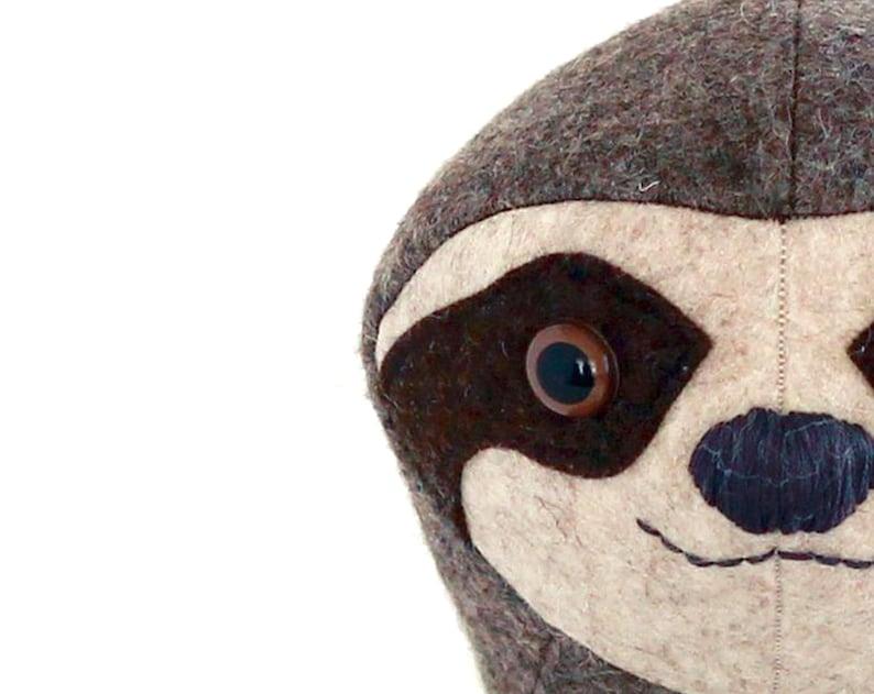 Sloth plush pdf sewing pattern. Detailed downloadable ebook image 0