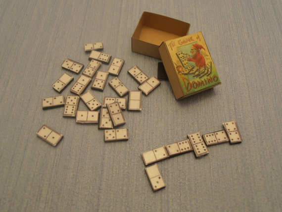 Miniature Dominoes  1:12 scale Black