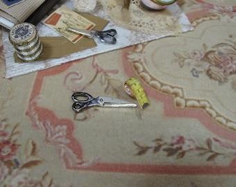 Gaël Miniature  measuring and scissors sewing  1:12 Dollhouse Miniature