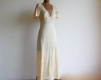 33cd25b260f8 1970s Deep Neckline Lace Slip Dress / Vintage 70s Low Cut Maxi Dress /  Nightie / Night Gown / Small / 32 / 34 Inch Bust