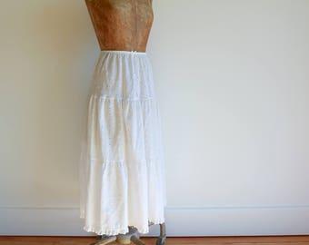 1960s Embroidery and Eyelet Petticoat / 60s Does Edwardian / Victorian Underskirt / White Eyelet Skirt / Medium