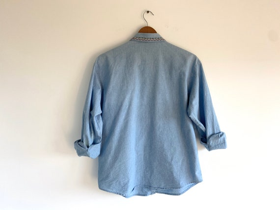 Vintage Embroidered Cotton Chambray Shirt / 1980s… - image 4