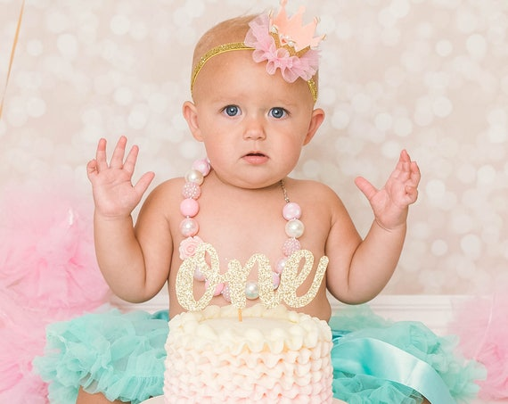 One Cake Topper - Glitter - Smash Cake Topper. First Birthday. One Cake Topper. Birthday Party. First Birthday. 1st Birthday. First Year.