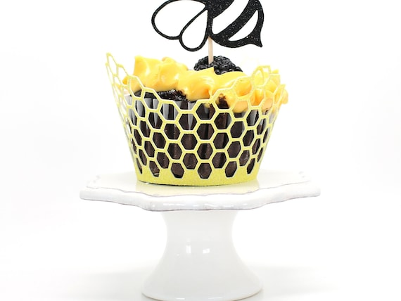 Honeycomb Cupcake Wrappers - Bumble Bee Birthday. Bee Party Decor. What Will It Bee Baby Shower. Mommy to Bee Party. 1st Bee Day.