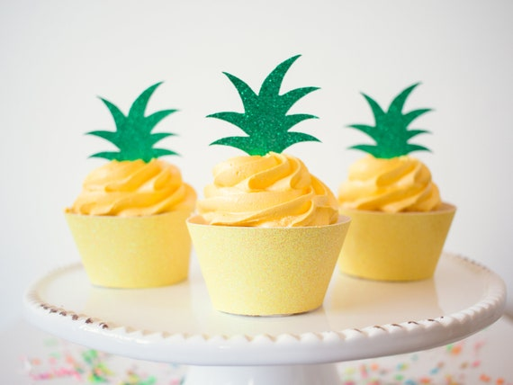 Pineapple Top Cupcake Toppers - Green Glitter - 12 Toppers - Tropical Party Decorations. Pineapple Cupcake Toppers. Fiesta Party Decor.