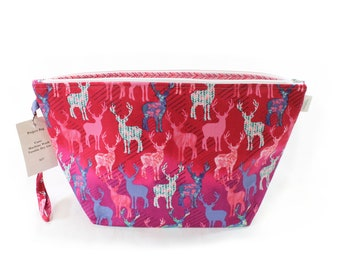 Project Bag - Pink Deer - Knitting Project Bag - Yarn Bag - Cosmetic Bag - Bag with Divider - Zipper Project Bag