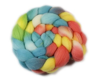 Roving - Hand Painted Roving - Hand dyed Roving - Tropical Dream - Falkland Wool - 4 Ounces