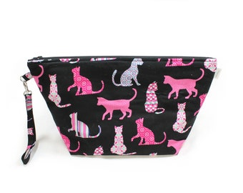 Project Bag - Knitting Project Bag - Yarn Bag - Cosmetic Bag - Bag with Divider - Zipper Project Bag - Pink Cats