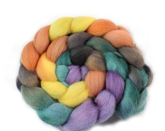 Roving - Hand Painted Roving - Dyed Roving - Falkland  Wool - 4 Ounces - GoldFinch